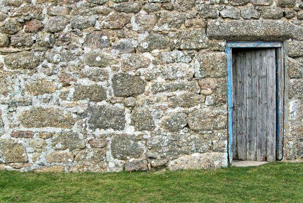 Fachada de piedra con mortero