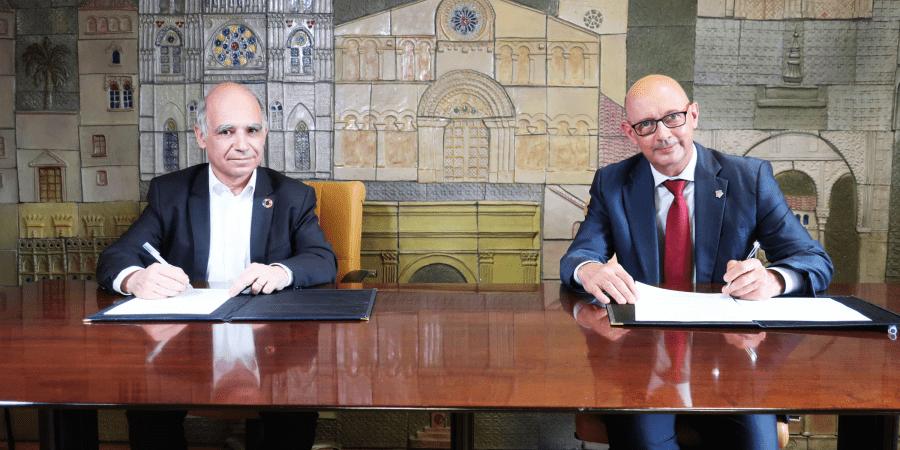 firma acuerdo impulsar rehabilitacion de edificios