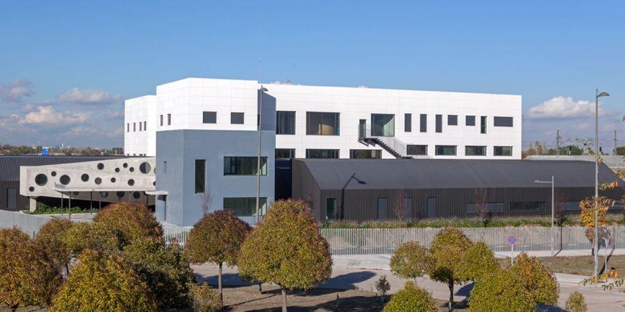 fachada ventilada ulma centro ocupacional apanid