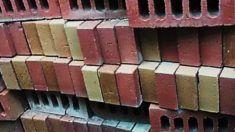 Morteros de albañilería en contacto con ladrillos de baja succión