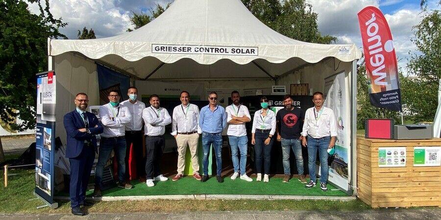 equipo de griesser lider en proteccion solar en edifica 21